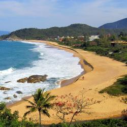 Estaleiro Beach