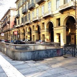 Re Umberto Metro Station