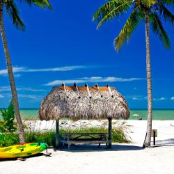 Sanibel Island  4 four-star hotels