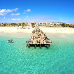 Sal 159 vacation rentals