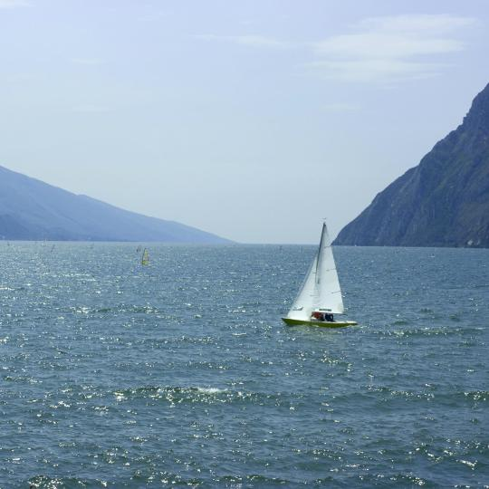 Windsurfing and sailing on Lake Garda