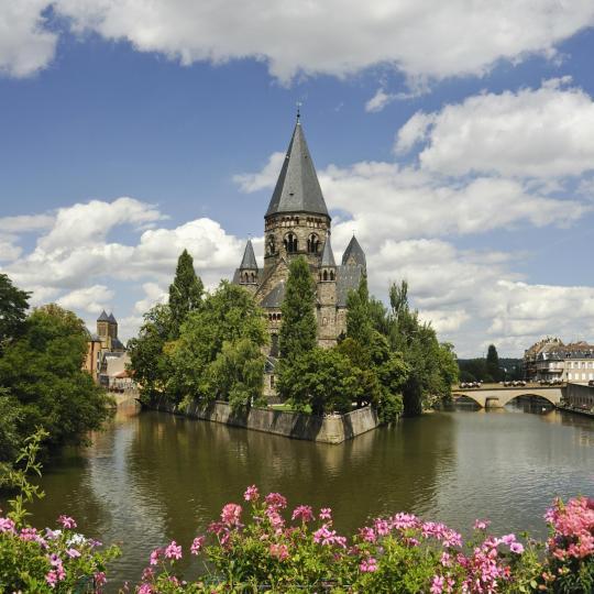 Metz and the Pompidou Modern Art Museum