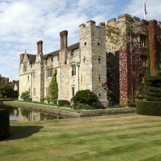 Hever Castle's Tudor legacies and grounds