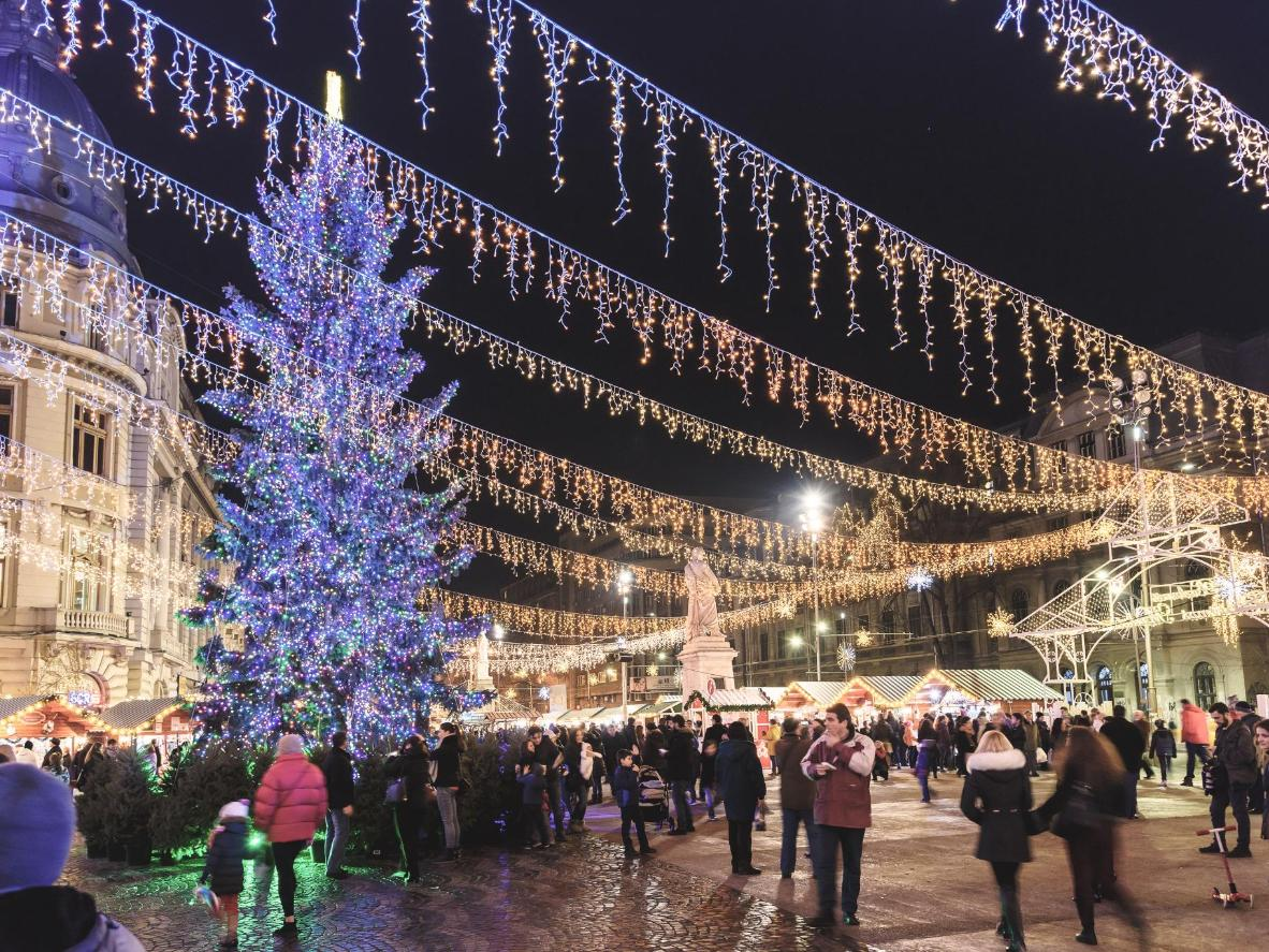 The twinkling lights at Bucharest Christmas market