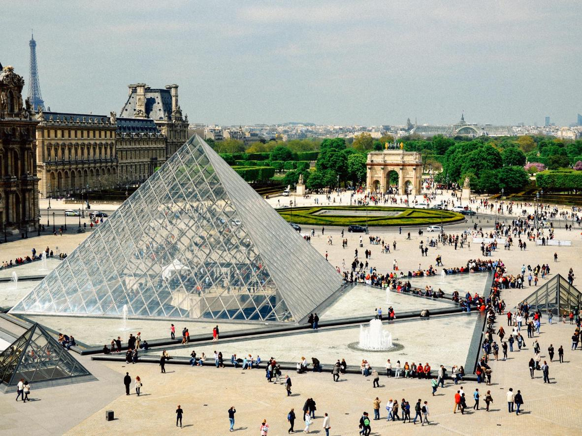 A spring afternoon at the Louvre