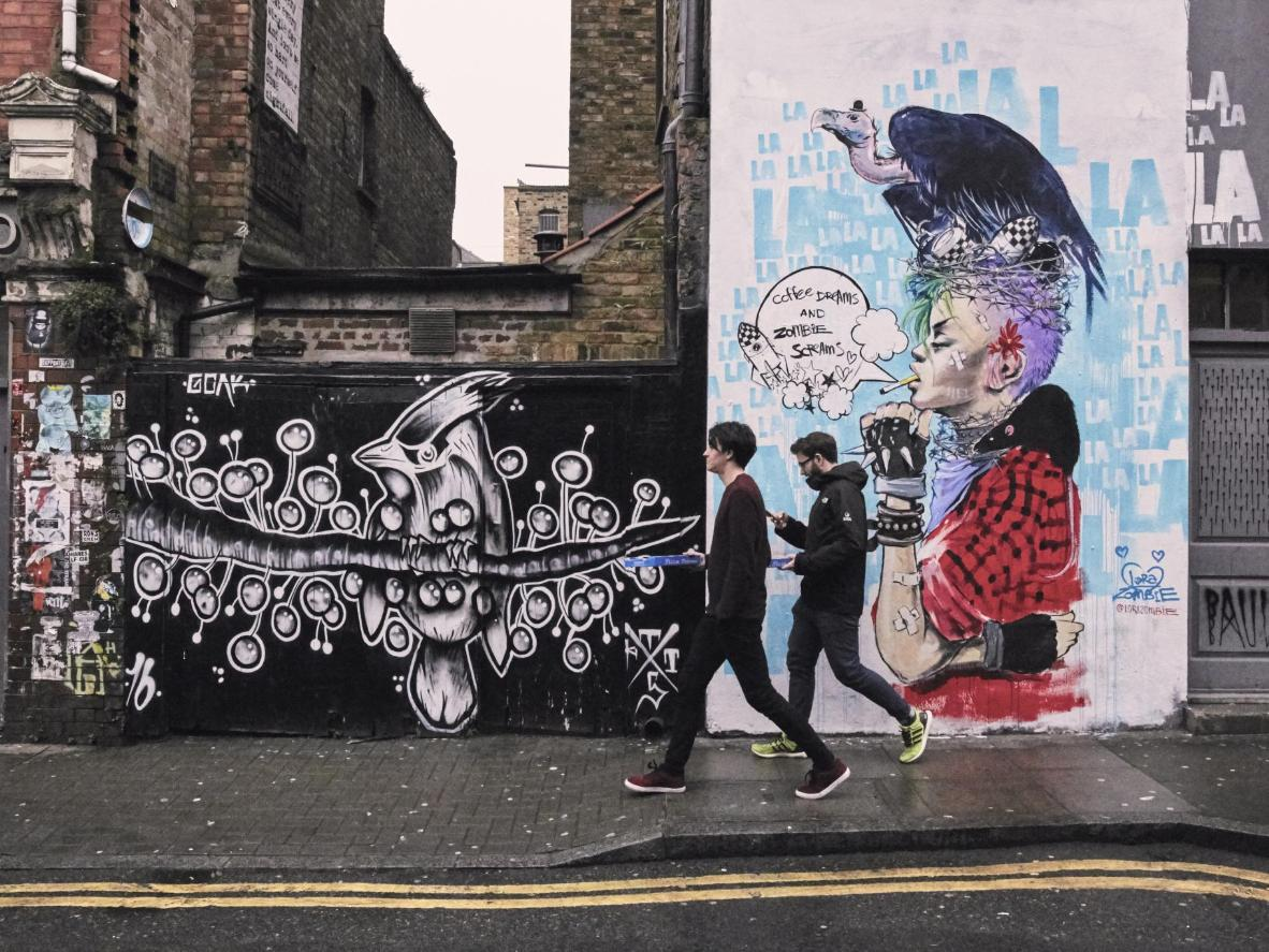 One of the best ways to pass a weekend morning is to wander around Brick Lane and take in the ever changing walls of street art.