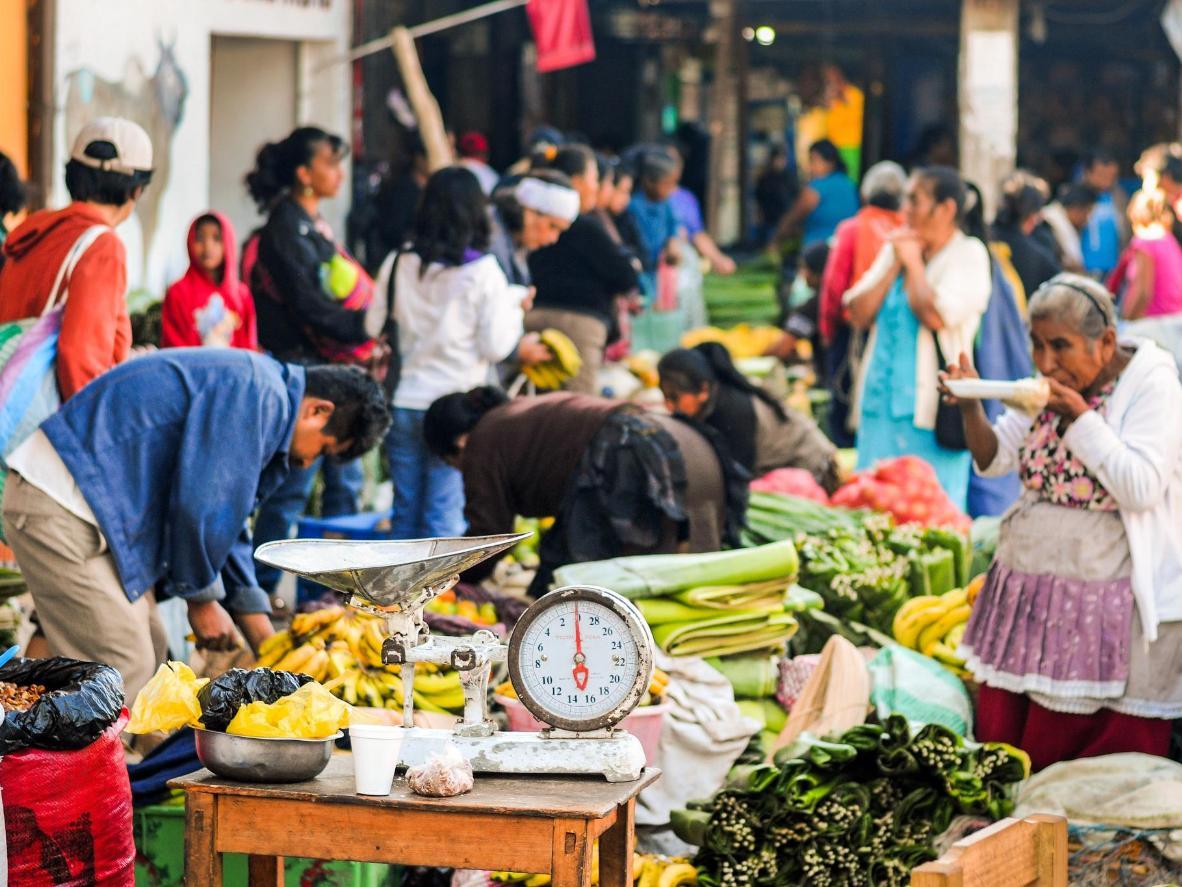 Descubre nuevos sabores en el mercado de Antigua Guatemala
