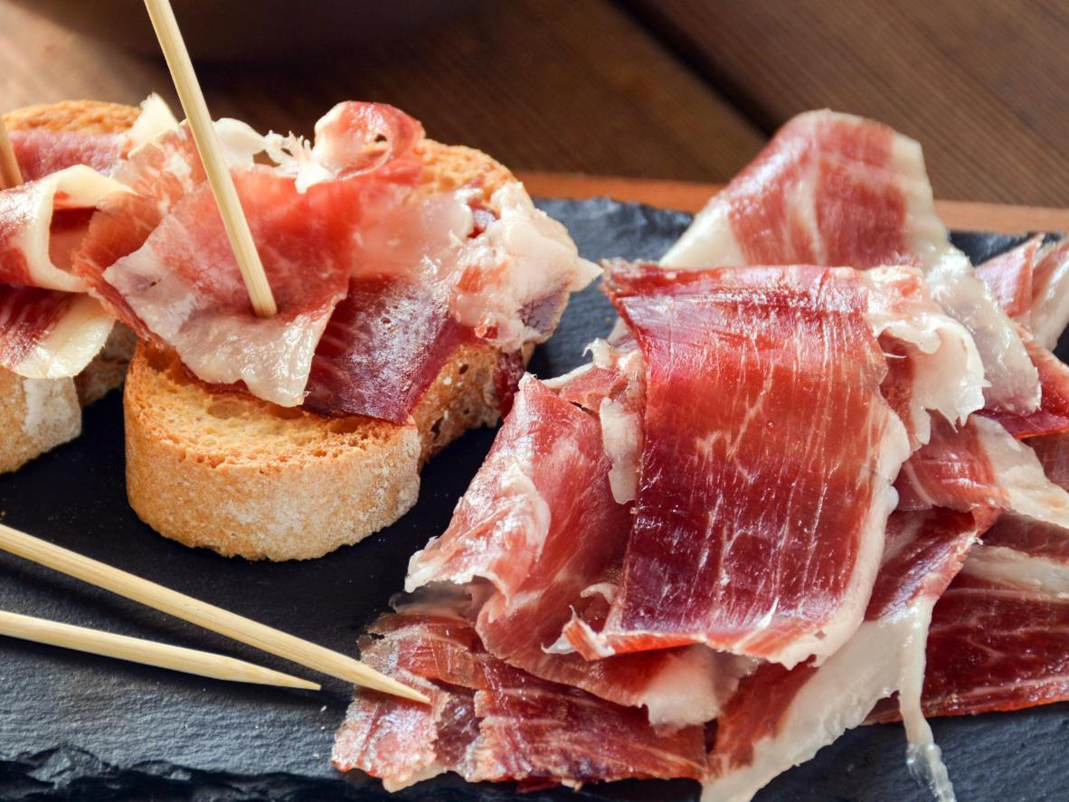 Ibérico ham is a classic tapa served in bars all around León