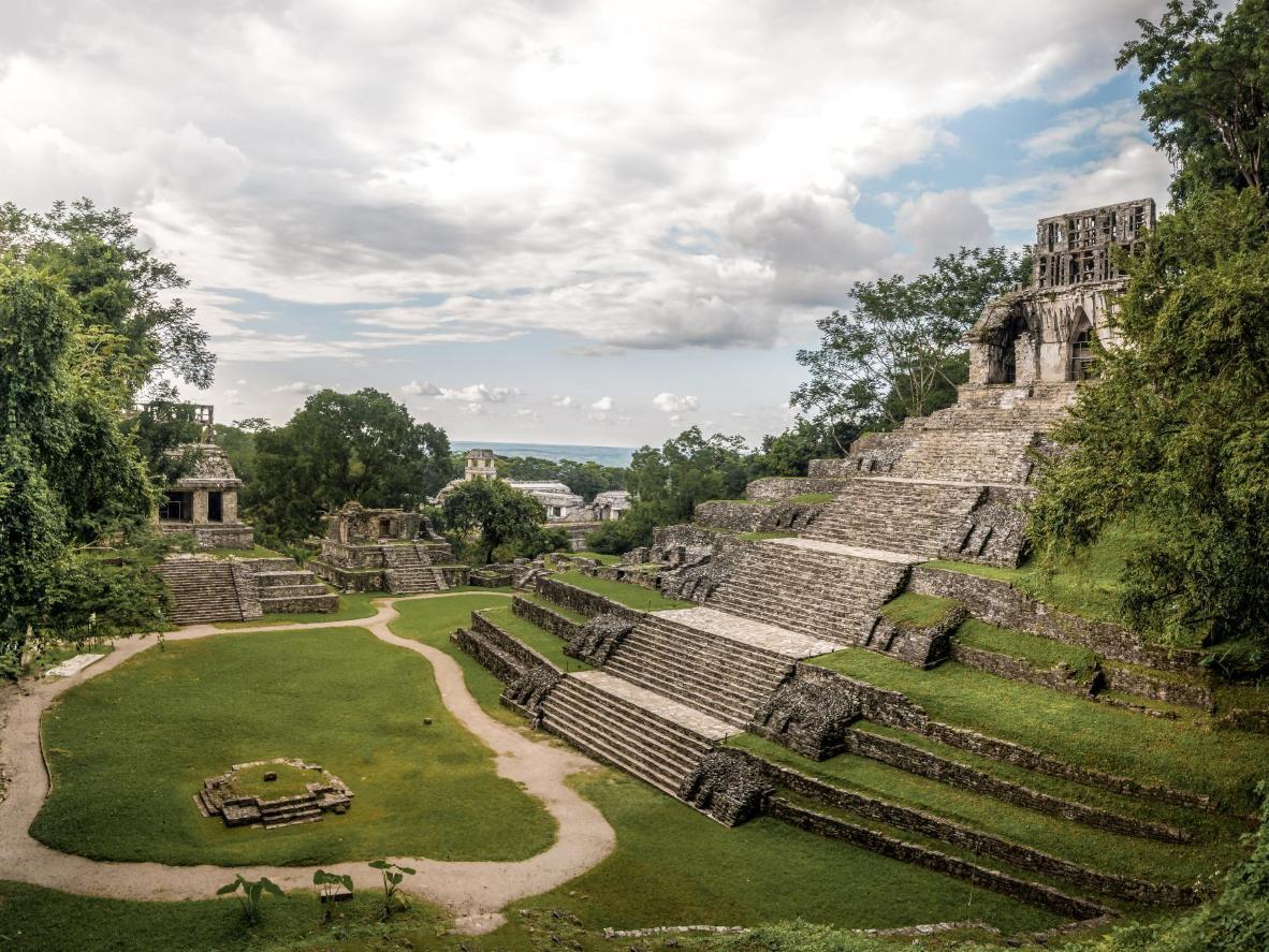 Por ahora solo se ha desenterrado una parte minúscula de esta vasta ciudad maya
