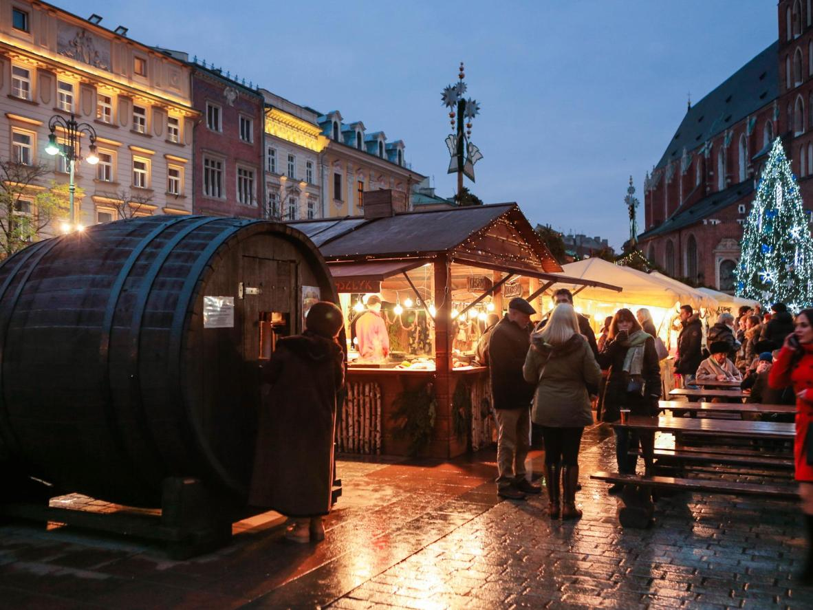 One of the many mulled wine stalls, shaped like a giant wine barrel