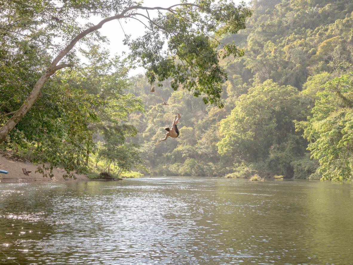 В Сан-Игнасио вас ждут пещеры, бурные реки и спокойные озера посреди тропических лесов