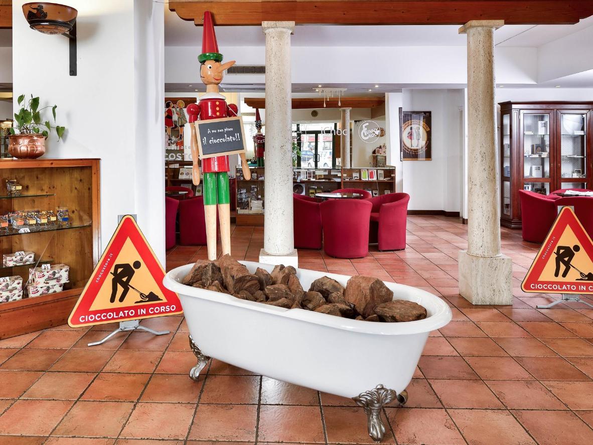 Etruscan Chocohotel v Perugii