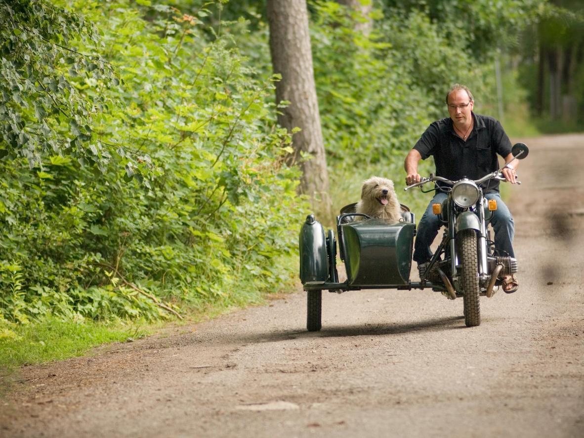 Machen Sie einen Vintage-Roadtrip durch Schottland