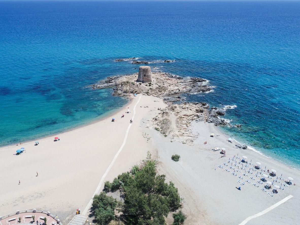 Spiagge bianche e acque cristalline sulla costa orientale della Sardegna