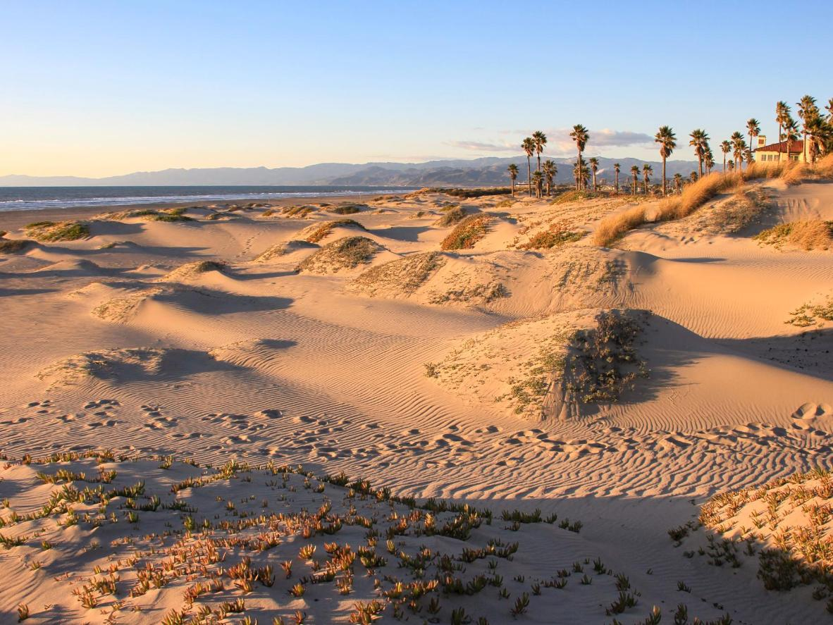 Desert-like landscapes can be found at Mandalay Beach