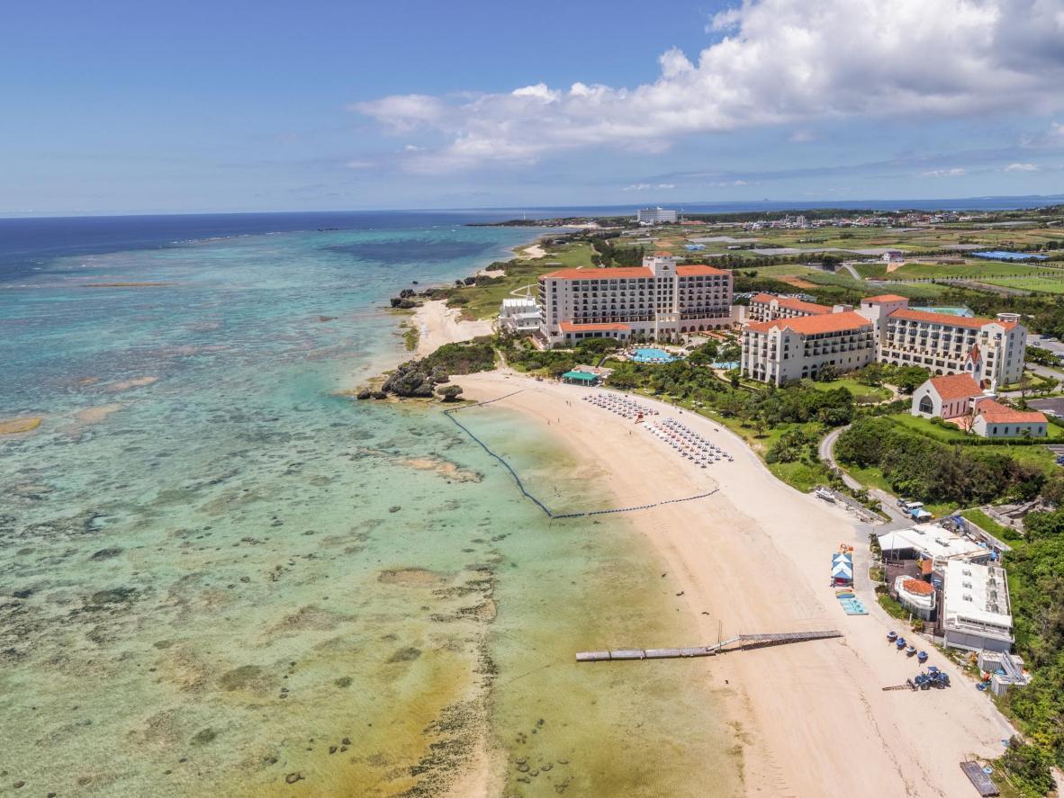 Yomitani rannas käivad rohkem kohalikud kui turistid