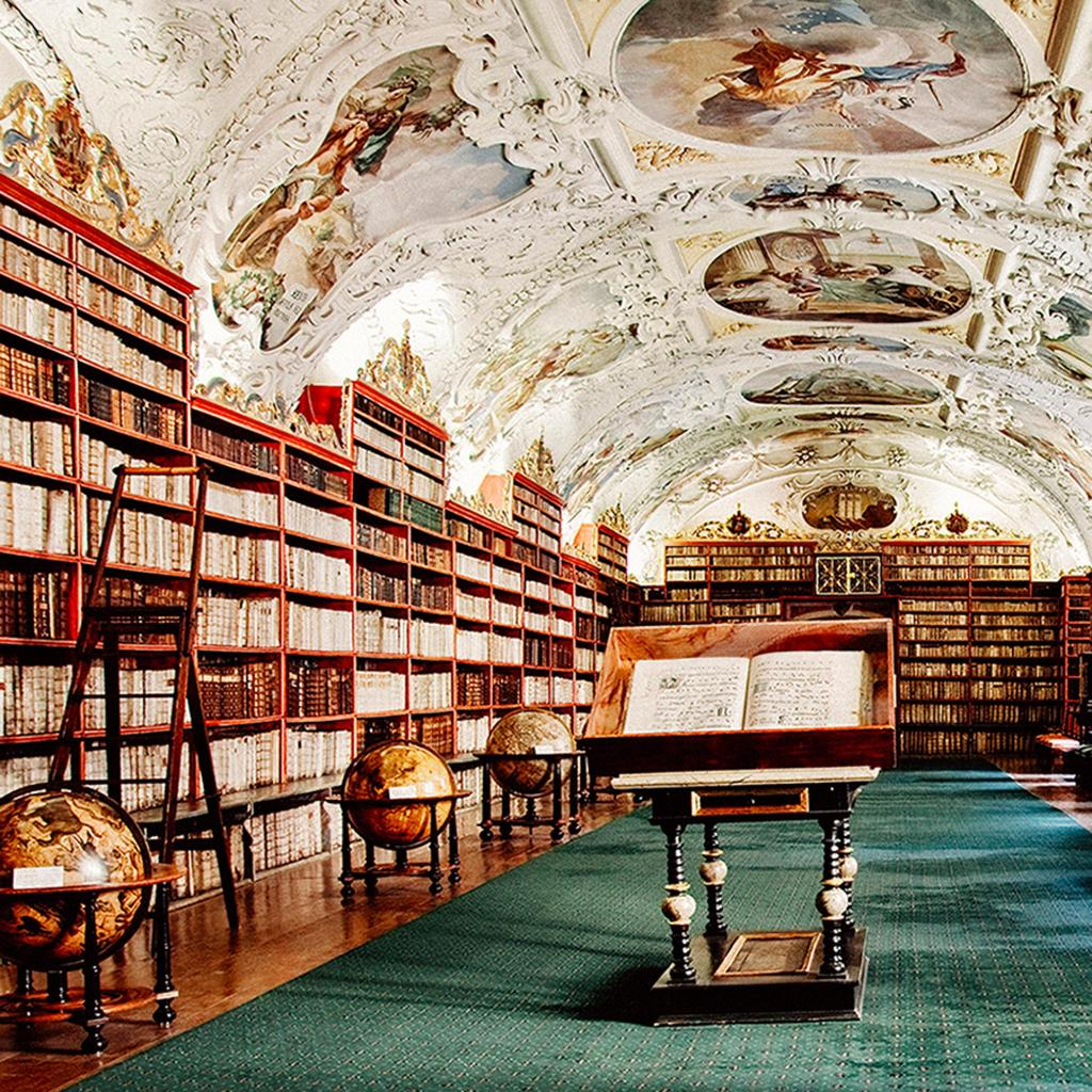 9 must-see libraries for all book lovers | Booking.com