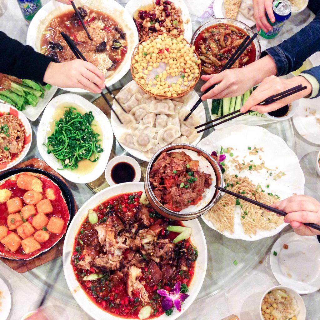 Disfruta de un banquete elaborado con pimienta de Sichuán