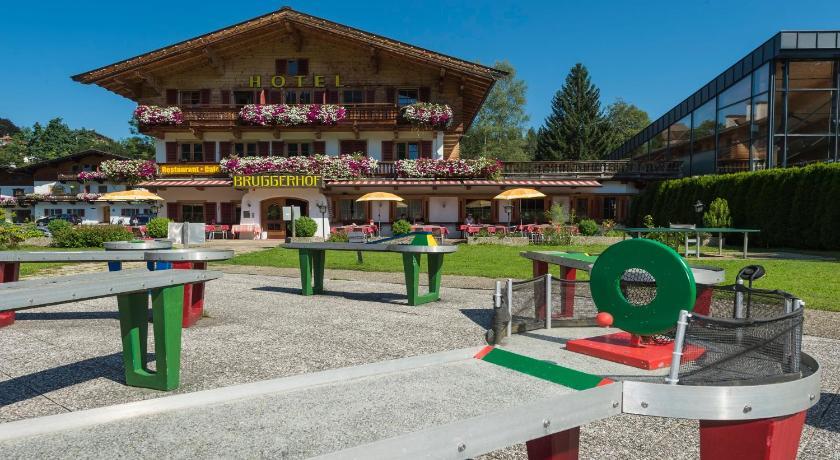 Bruggerhof - Camping, Restaurant, Hotel