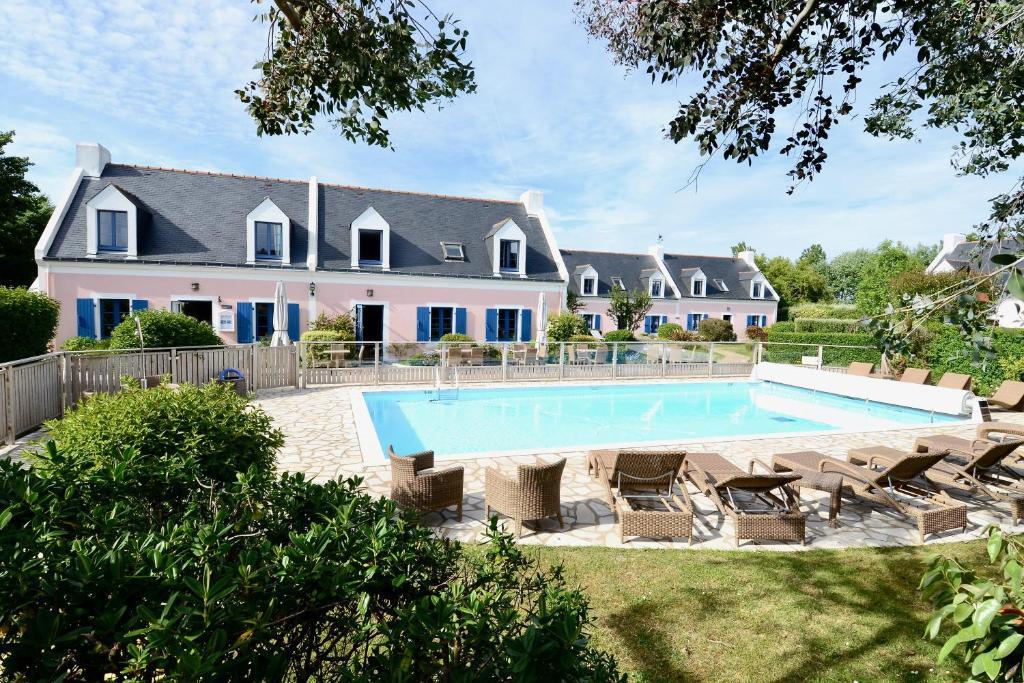 Отель  La Désirade - Hôtel, Spa & Restaurant  - отзывы Booking