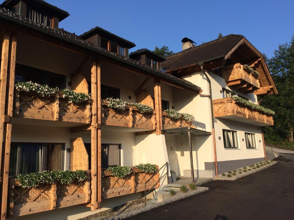 Отель  Marmotta Alpin Hotel