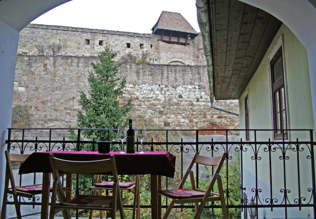 Апартаменты/квартиры Aranyvár Apartment - отзывы Booking