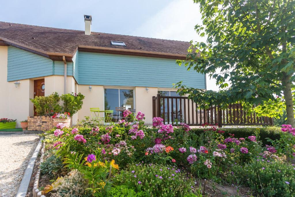 Гостевой дом  Maison d'hôtes Les Bruyères  - отзывы Booking