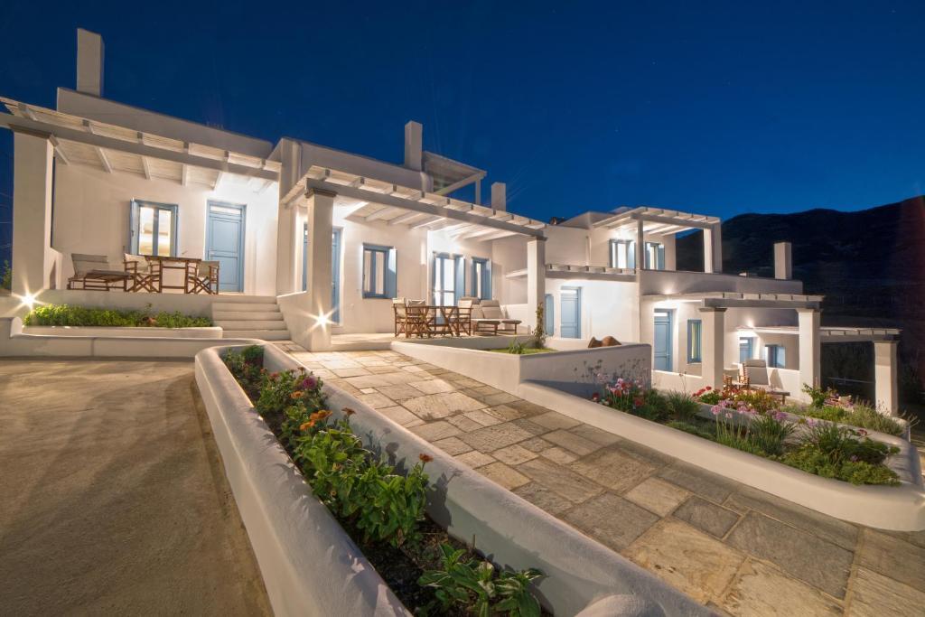 Дома для отпуска Almyra Guesthouse - отзывы Booking