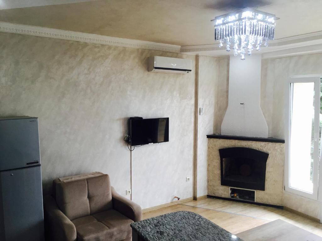 Апартаменты/квартира  Baratashvili 29 Apartment  - отзывы Booking