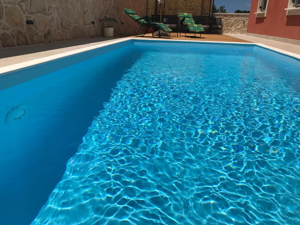 Апартаменты/квартира  Duplex Apartment with Private Swimming Pool  - отзывы Booking