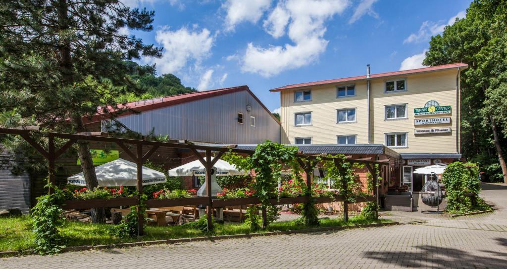 Отель Sporthotel Wernigerode - отзывы Booking