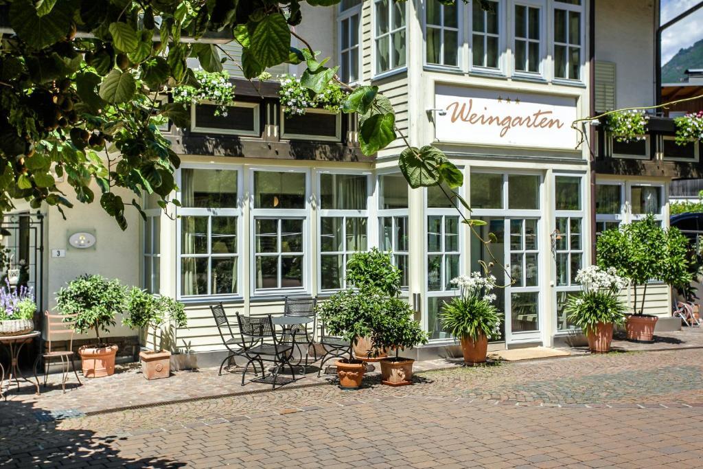 Отель  Hotel Weingarten  - отзывы Booking