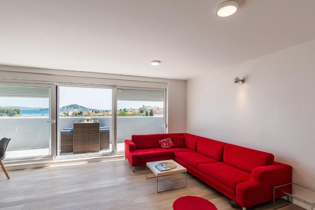 Апартаменты/квартиры  Apartments Sunrise  - отзывы Booking