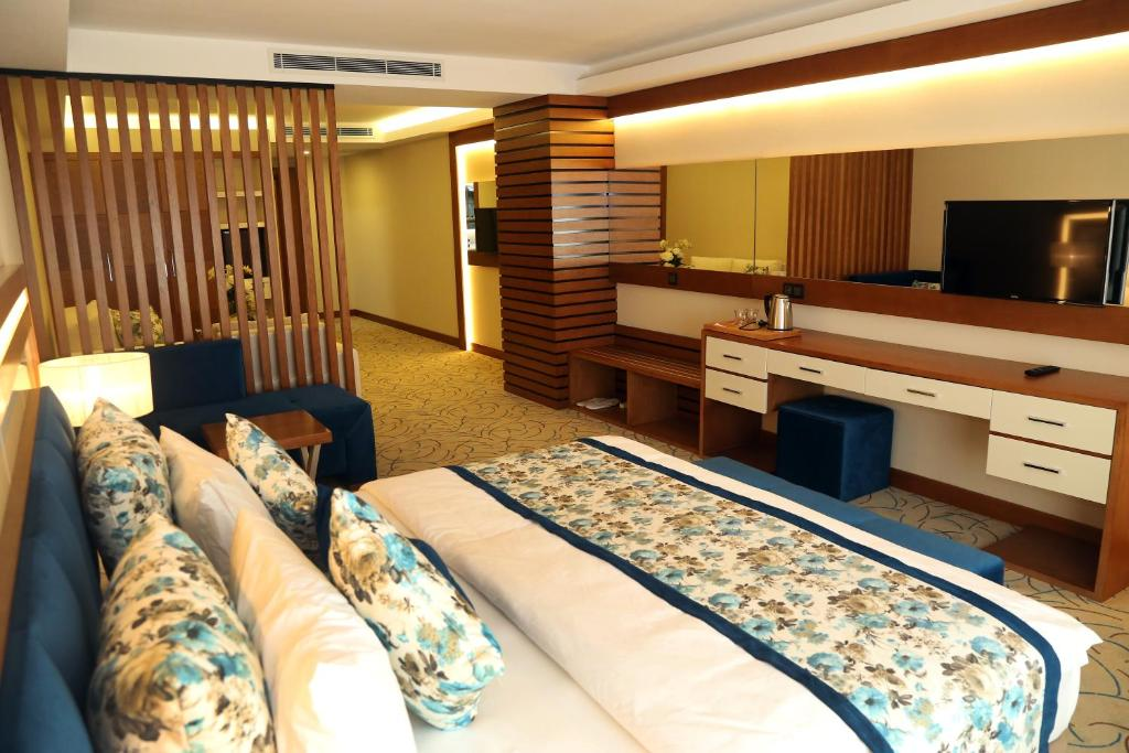 Отель  Yol Is Holiday Trabzon  - отзывы Booking