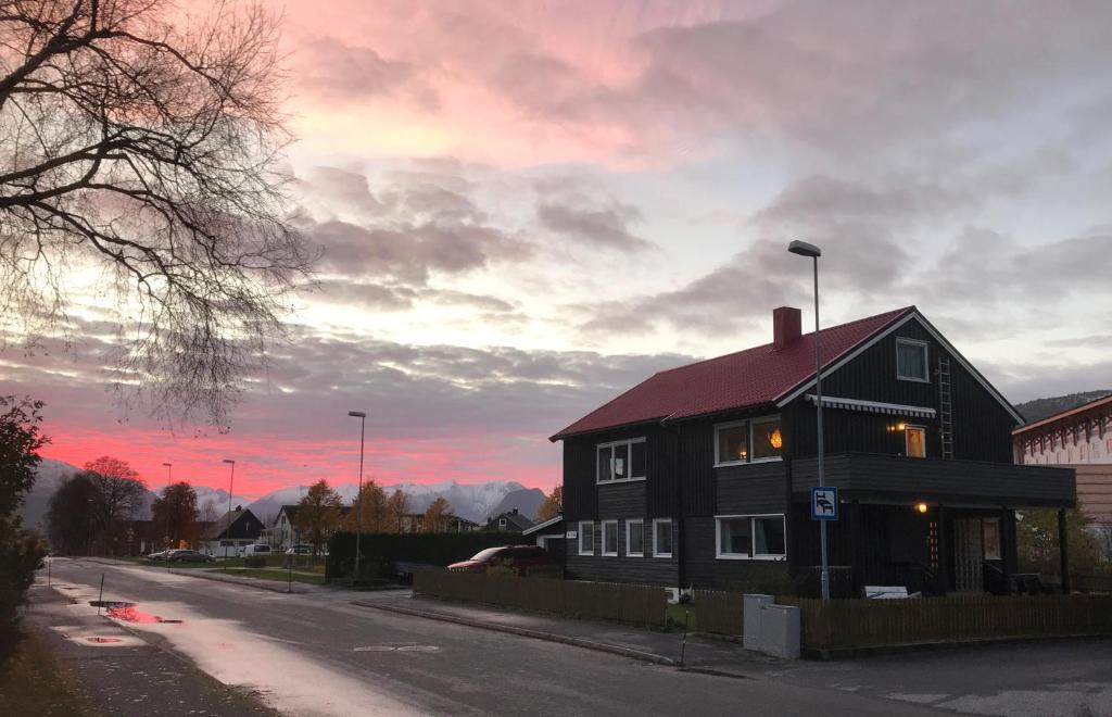 Отель типа «постель и завтрак»  Villa Åndalsnes  - отзывы Booking