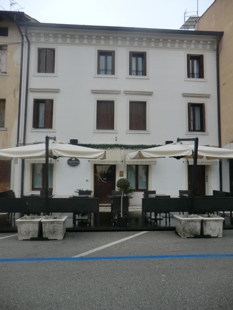 Отель типа «постель и завтрак»  Valentino  - отзывы Booking