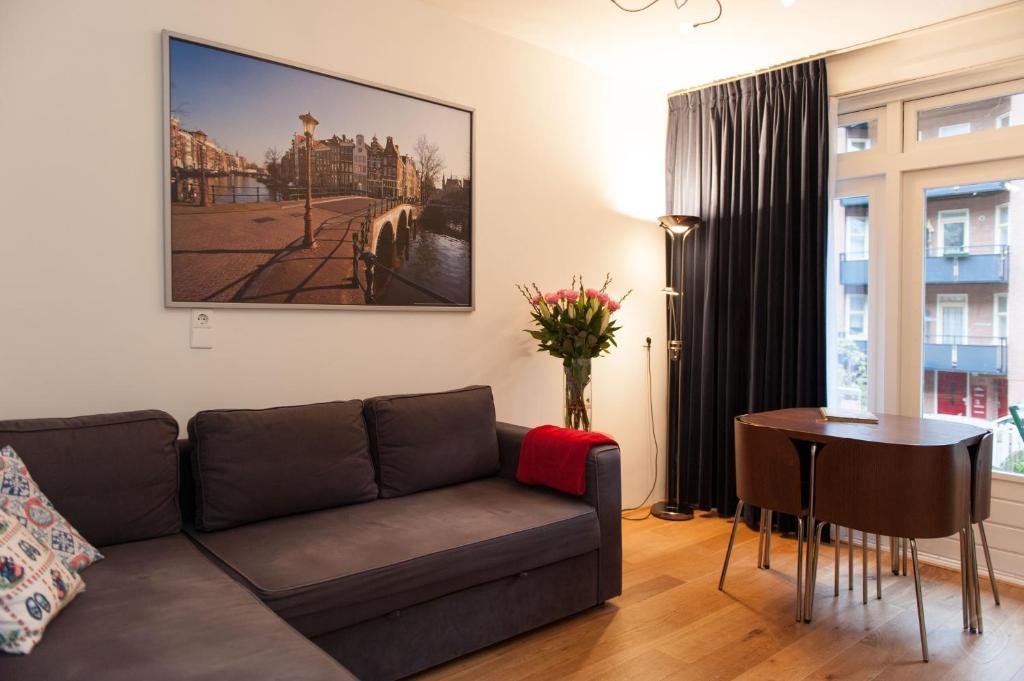 Отель типа «постель и завтрак»  Отель типа «постель и завтрак»  B&B West City Amsterdam