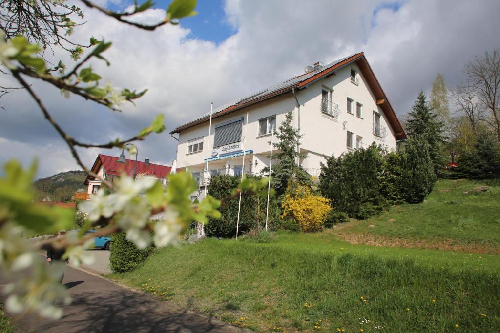 Отель  Hotel Waldblick  - отзывы Booking