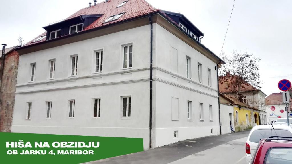Апартаменты/квартиры  Bajta na obzidju  - отзывы Booking