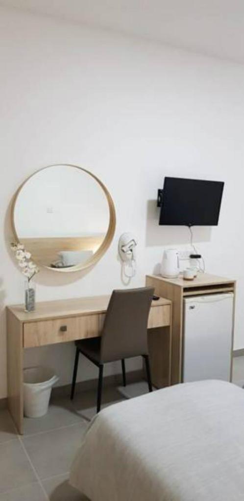 Апарт-отель  Myriama Apartments  - отзывы Booking