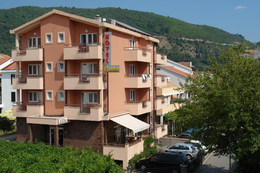 Отель Hotel Fineso - отзывы Booking