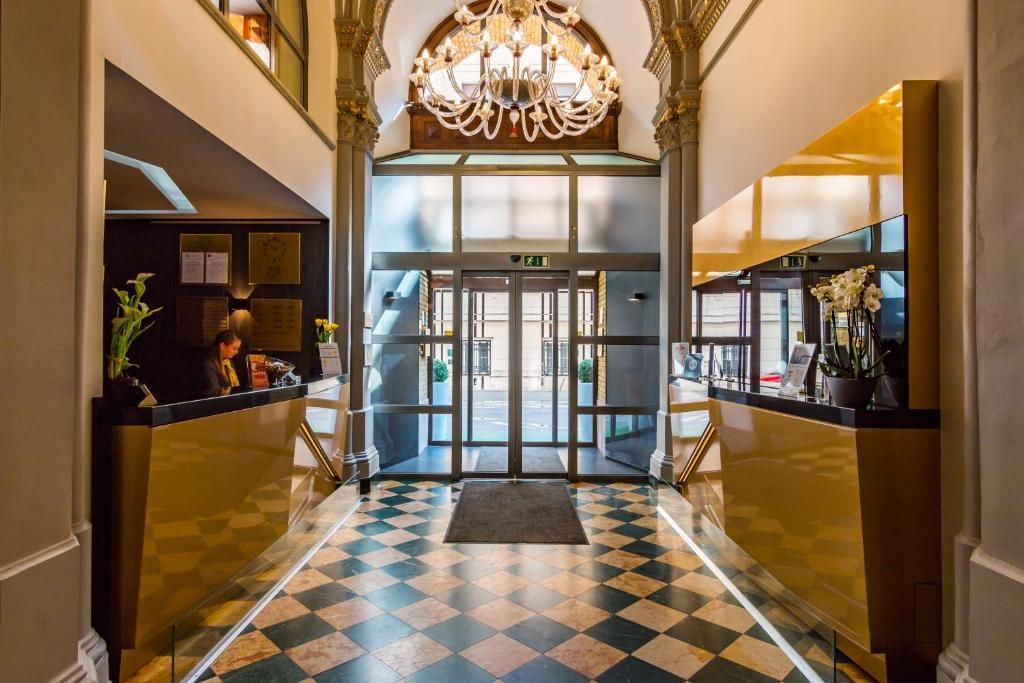 Отель Отель Hotel Museum Budapest
