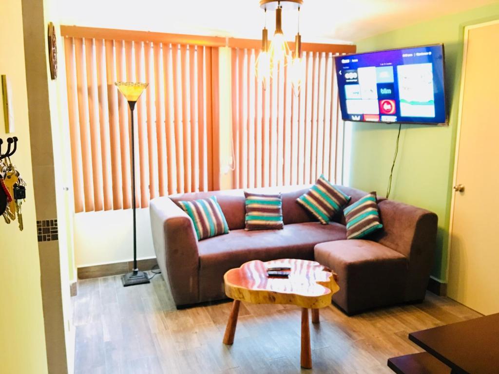 Апартаменты/квартира  Paseo de la Reforma, Garibaldi Lagunilla Subway Station  - отзывы Booking
