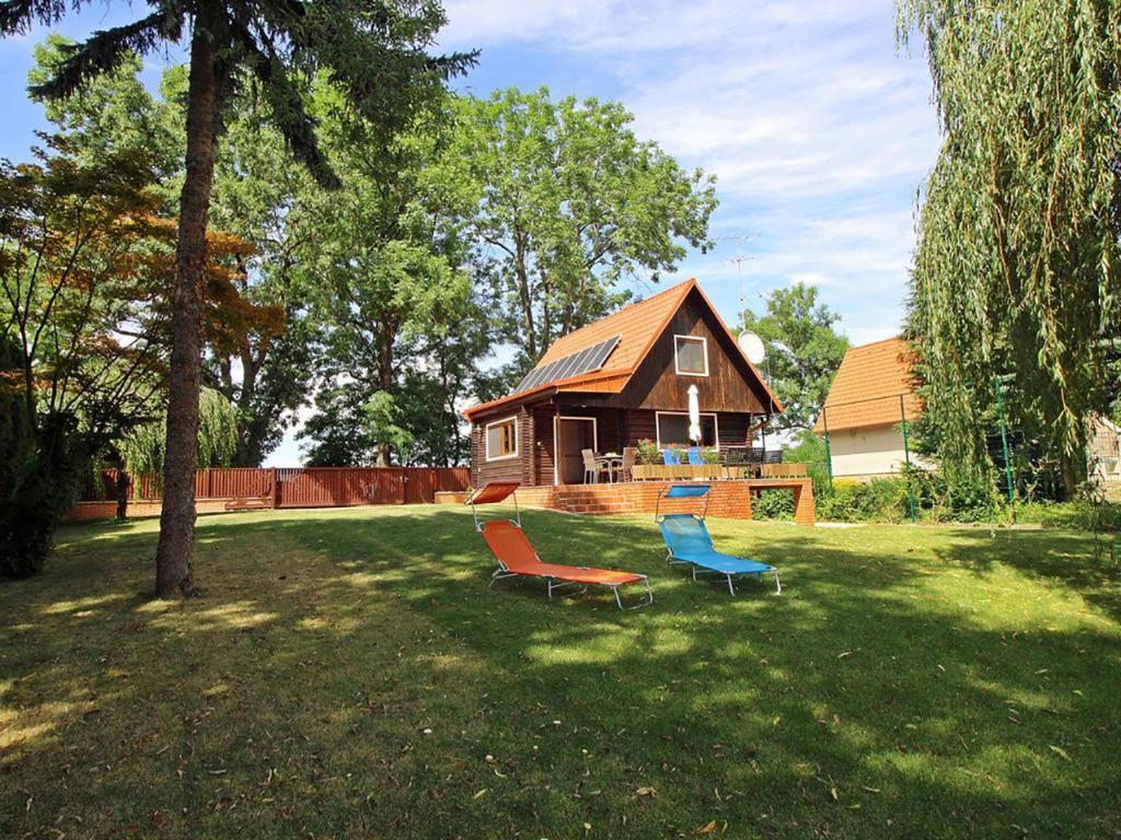 Дом для отпуска  Dunaparti Ház