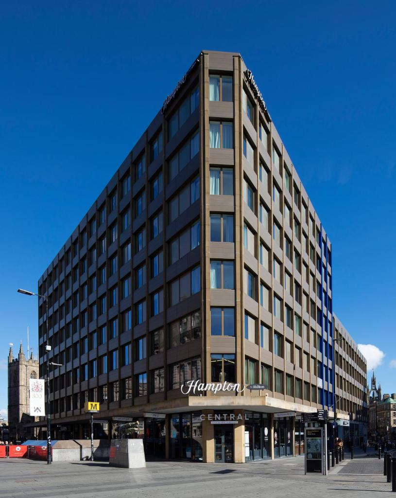 Отель  Hampton by Hilton Newcastle  - отзывы Booking