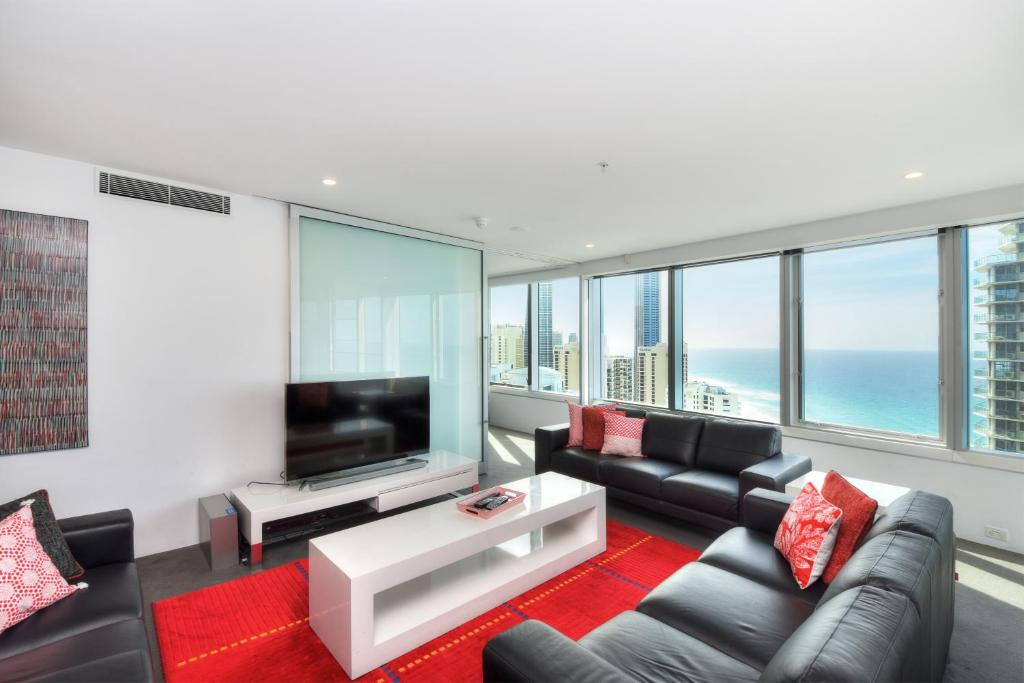 Апартаменты/квартира  3 Bedroom Ocean View Private Apartment in Surfers Paradise  - отзывы Booking