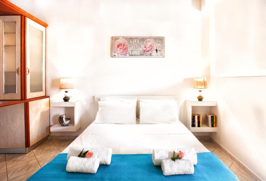 Апартаменты/квартиры  Del Sol Suites  - отзывы Booking