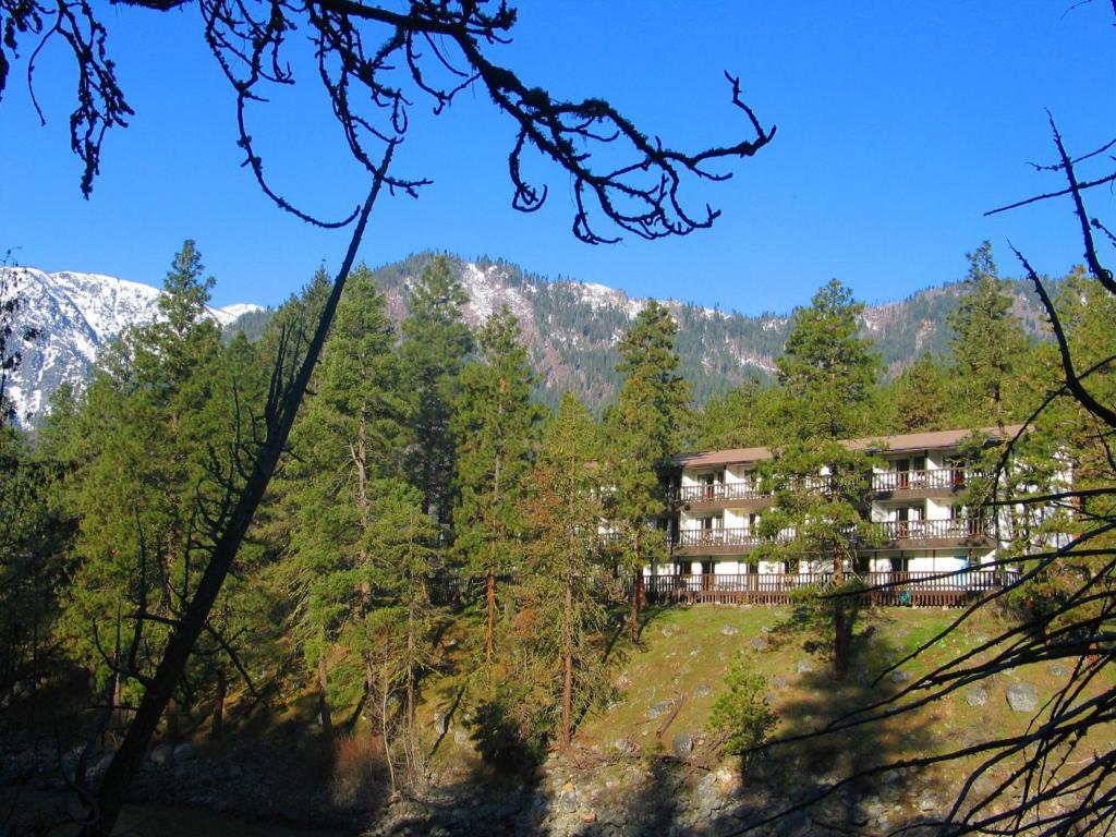 Мини-гостиница  Alpine Rivers Inn  - отзывы Booking