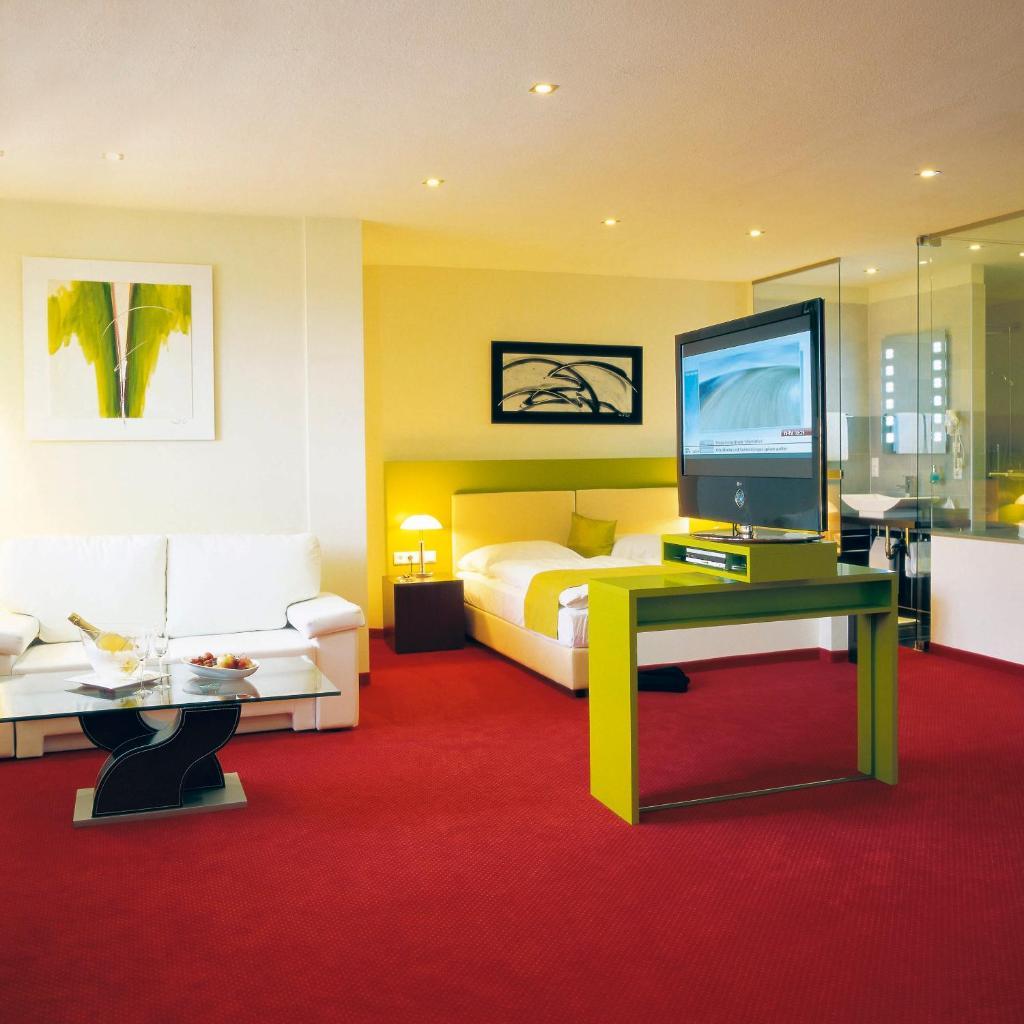 Отель  Hotel Restaurant Pusswald  - отзывы Booking