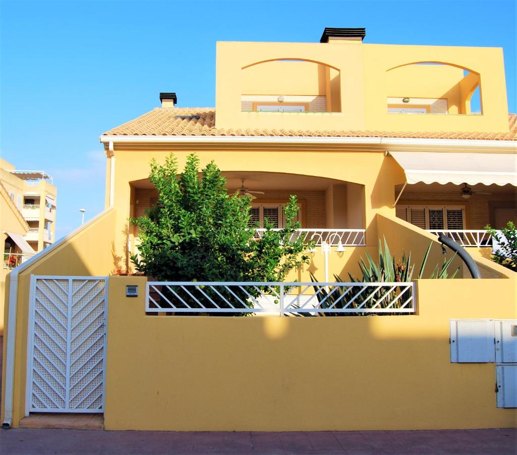 Дом для отпуска  casa de vacaciones playa Sagunto Valencia  - отзывы Booking